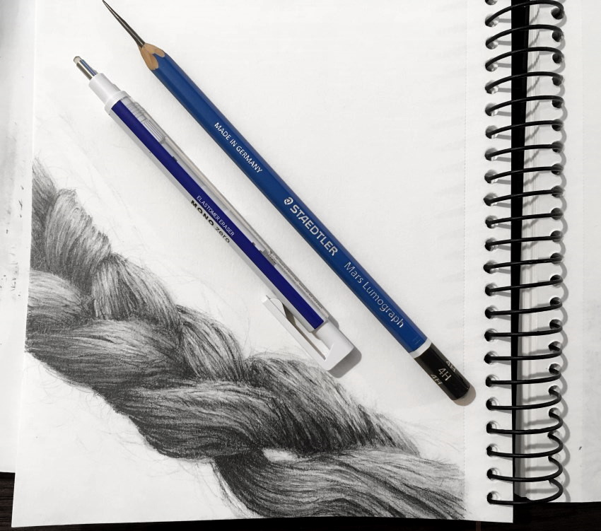 Braid pencil drawing with Tombow MONO Zero